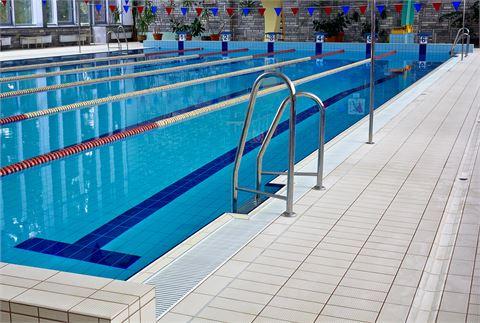 Öffentliche Schwimmbäder