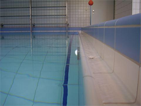 Schwimmbäder / Beckenrinnen
