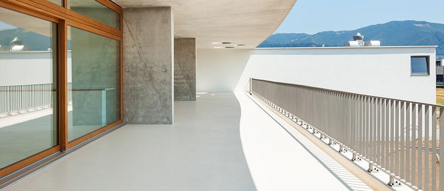 Beschichtungen für Terrassen- und Balkonböden